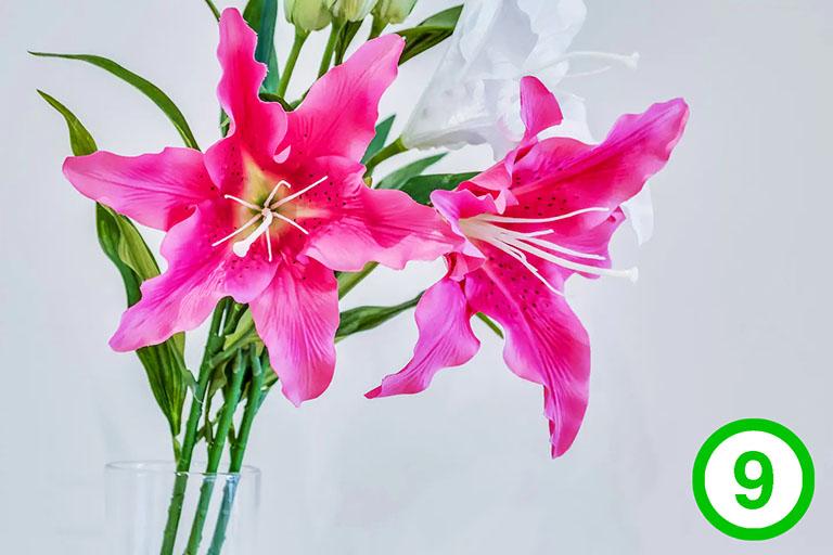 фото-изображение№9 – цветы в вазе – декор интерьера: букет лилий_