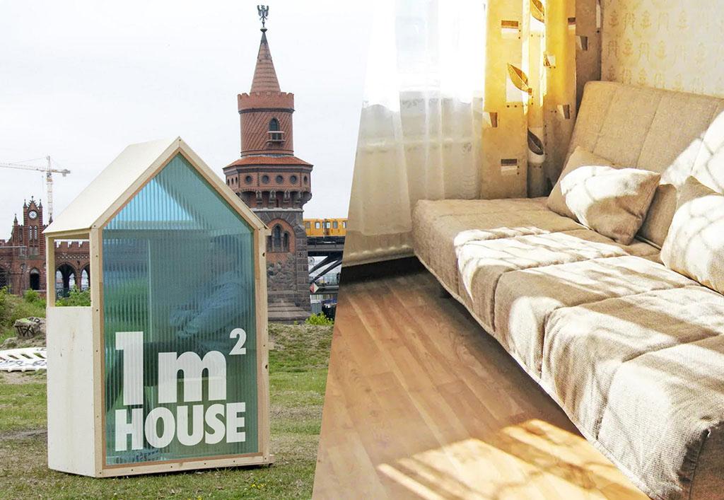 коллаж из двух фотографий: мобильный мини дом площадью один квадратный метр и раскладной диван в комнате – два вида жилья из множества, которые можно сдать через сайт Airbnb_